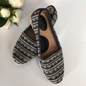 Like-NEW b.o.c Born Slip-on Shoes